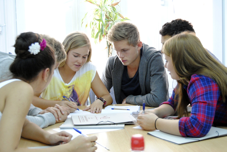 En-clase-adolescentes3